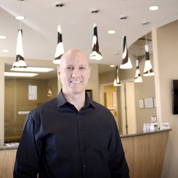 Doctor Greg Ceyhan, dentist in North Phoenix